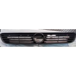 Rejilla delantera Opel Astra G
